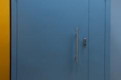 Тамбурная недорогая дверь от Импекс