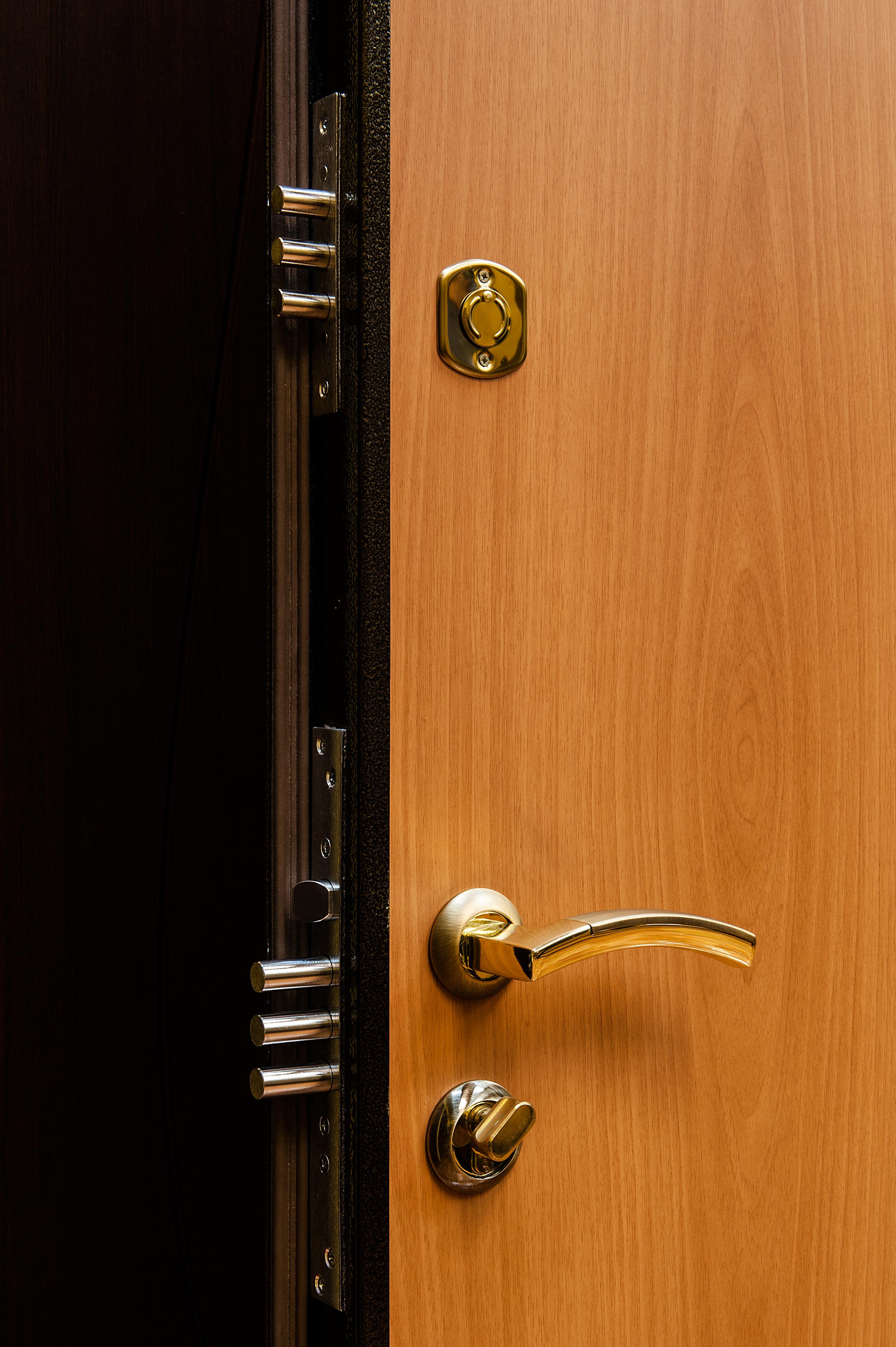 пленка для железной двери