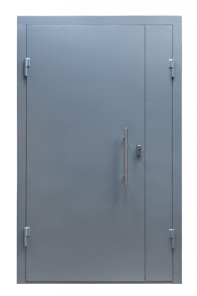 входная тамбурная дверь